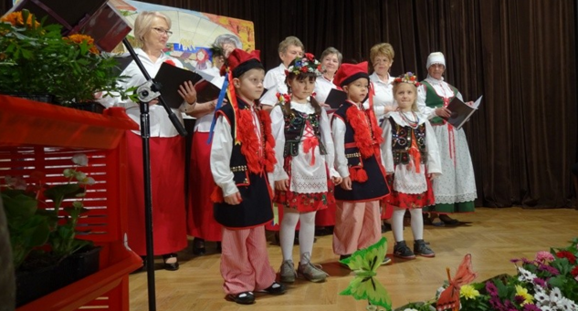 """Zabawy z tradycją w """"Sokole"""""""
