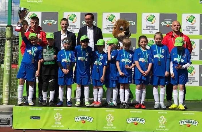 Skawińskie piłkarki 11. w finale