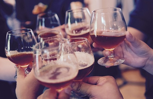 Nocny zakaz sprzedaży alkoholu