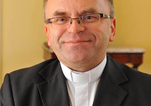 Poznaj proboszcza parafii pw. Miłosierdzia Bożego