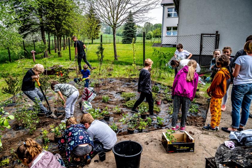 Nowe ogródki w Radziszowie i Rzozowie